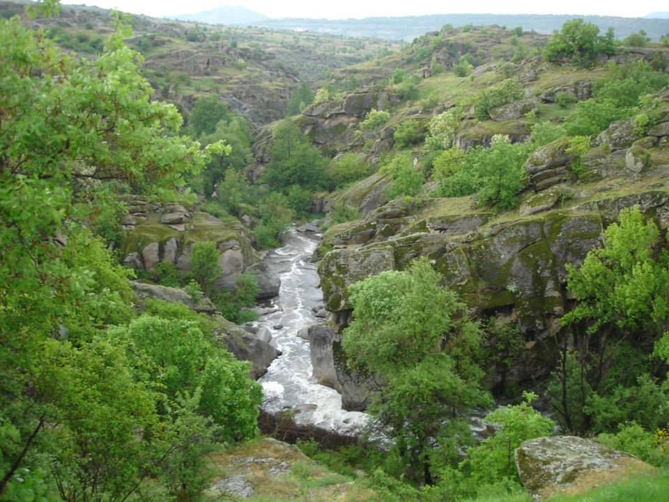 Градешка река во Мариово